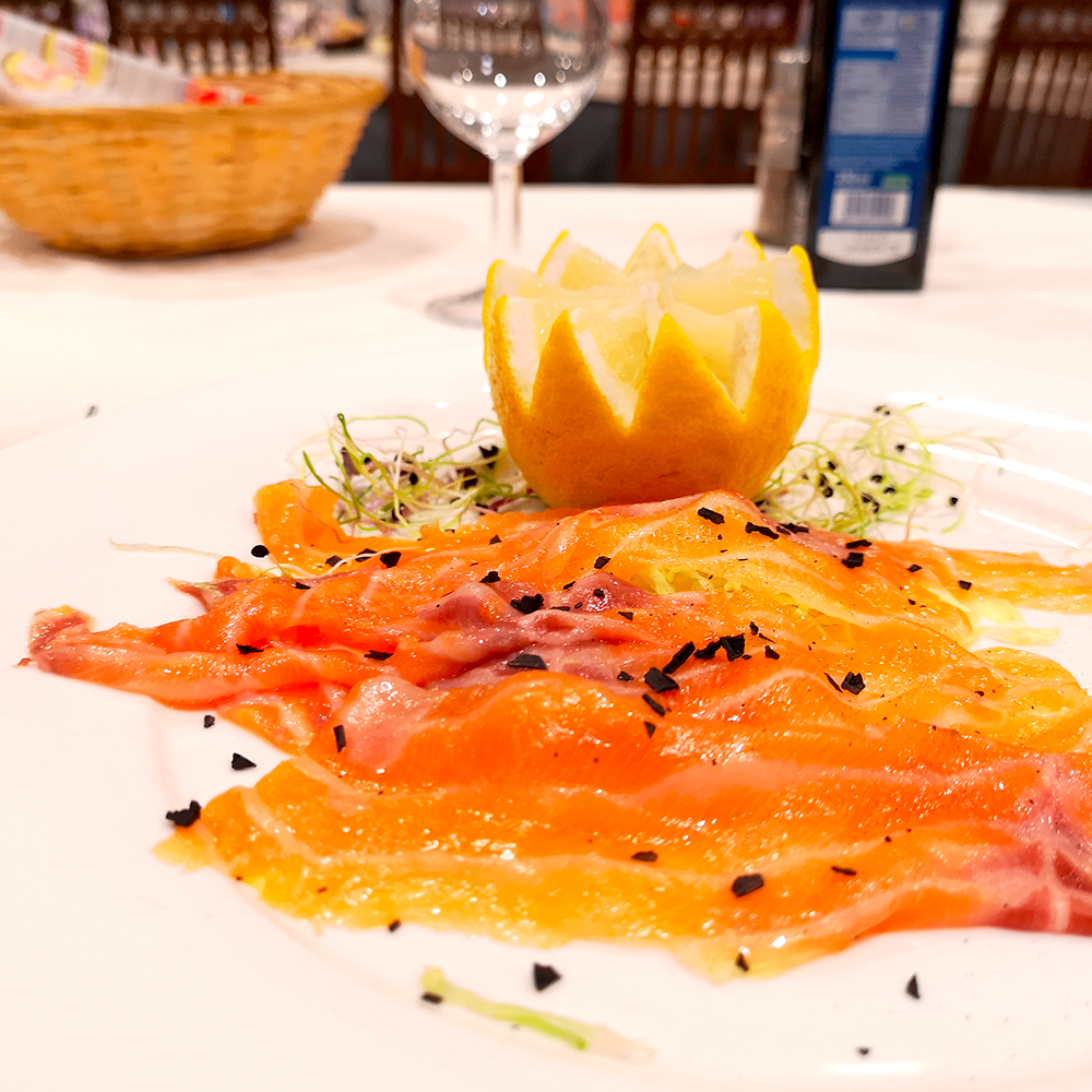 Carpaccio di Filetto di Salmone